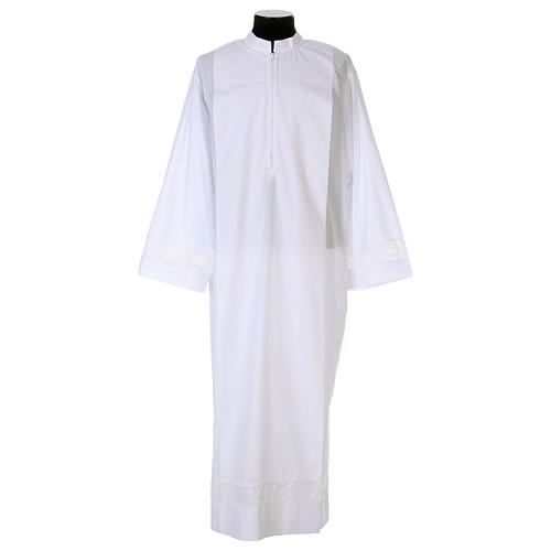 White alb 65% polyester 35% cotton with lace partition and zip on the front 1