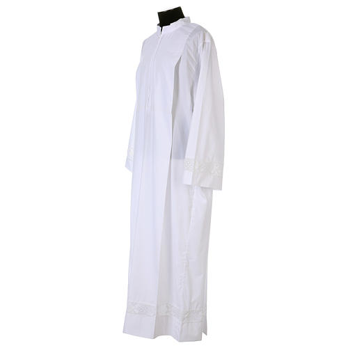 White alb 65% polyester 35% cotton with lace partition and zip on the front 5