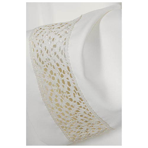 White alb 65% polyester 35% cotton with golden lace and crochet partition and zip on shoulder 2