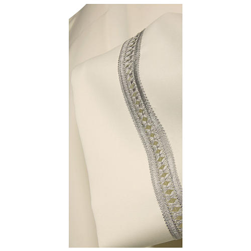 Alb 100% polyester with silver gigliuccio hemstitch and shoulder zipper, ivory 2