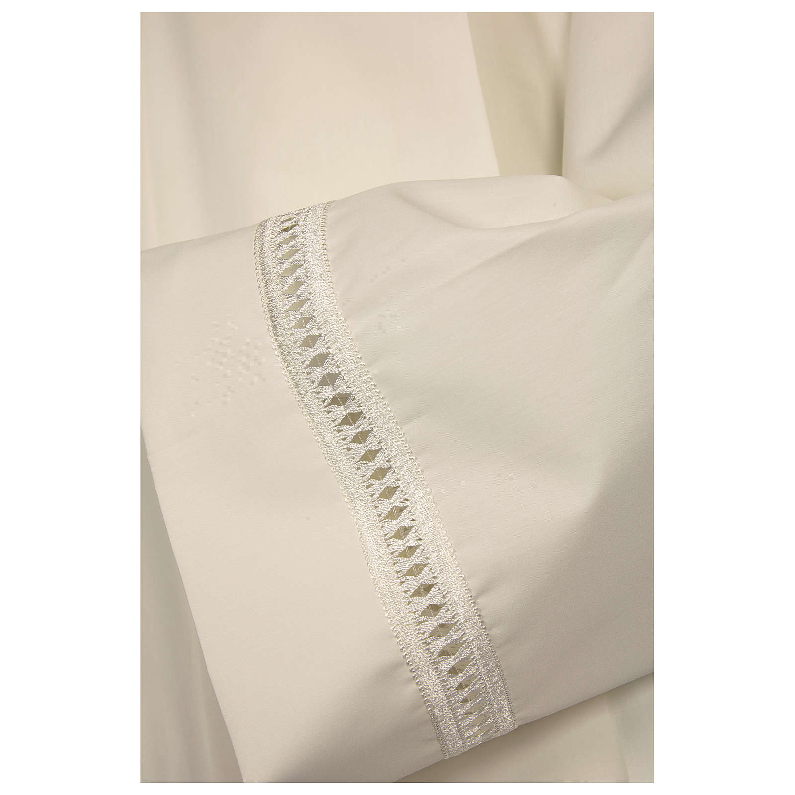 Alb in polyester with shoulder zipper and gigliuccio hemstitch, ivory 4