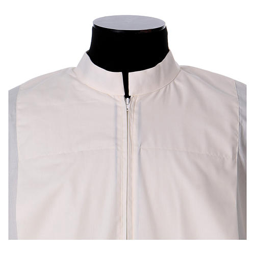 Priest Alb 65% polyester 35% cotton with 2 pleats and zipper on the front, ivory 2