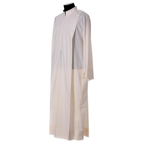 Priest Alb 65% polyester 35% cotton with 2 pleats and zipper on the front, ivory 3