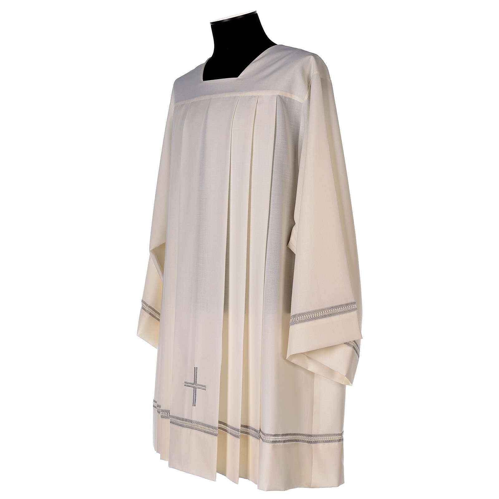 Ivory surplice, 55% polyester 45% wool with cross and gigliuccio hemstitch 4