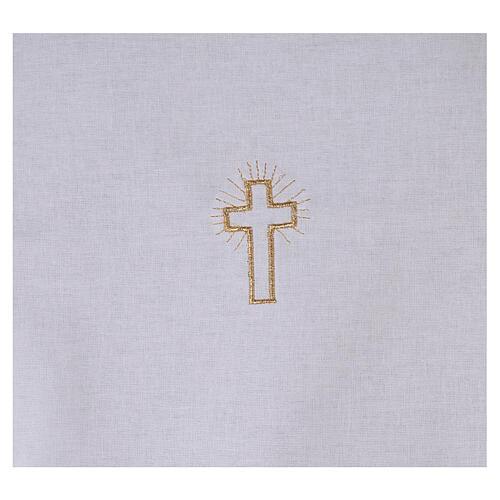 Amito de algodón con cruz dorada bordada 2