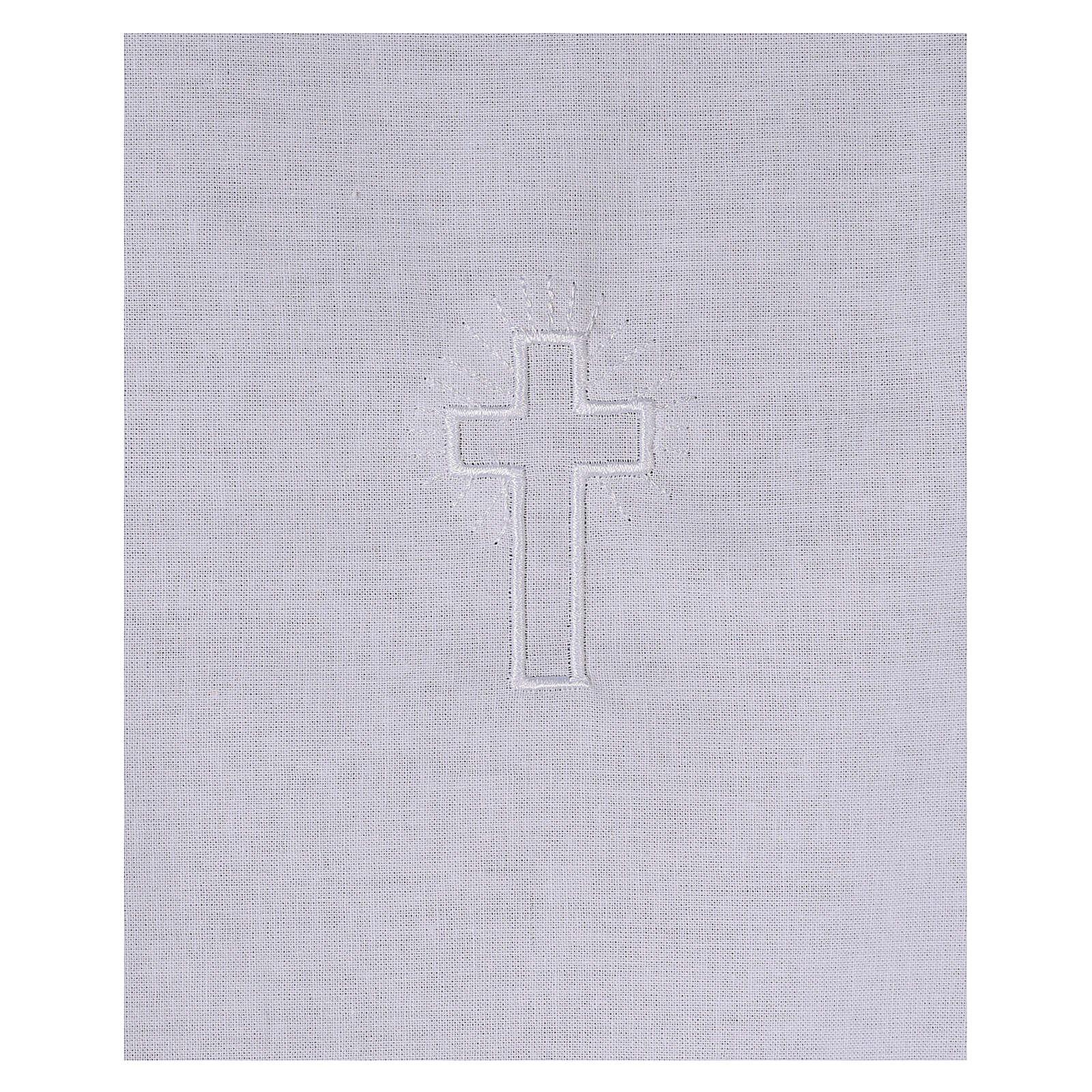 Amito de algodón con cruz blanca bordada 4