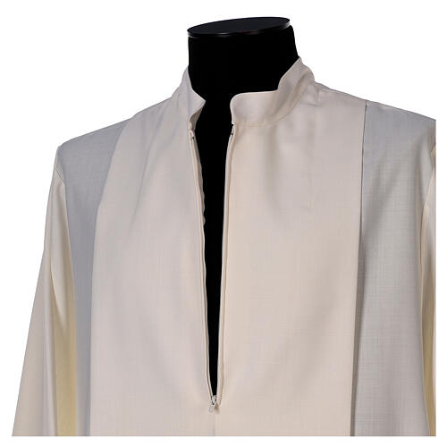 Priest alb 55% wool 45% polyester ivory gigliucci hand embroidery and front zipper 5