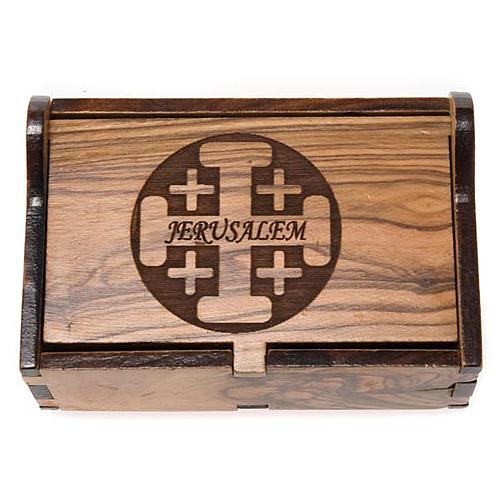 Pudełeczko na różaniec drewno oliwne Jerusalem krzyże 2