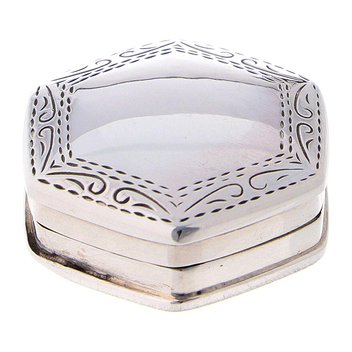 Caja para rosario hexagonal de plata 925 con incisiones 4