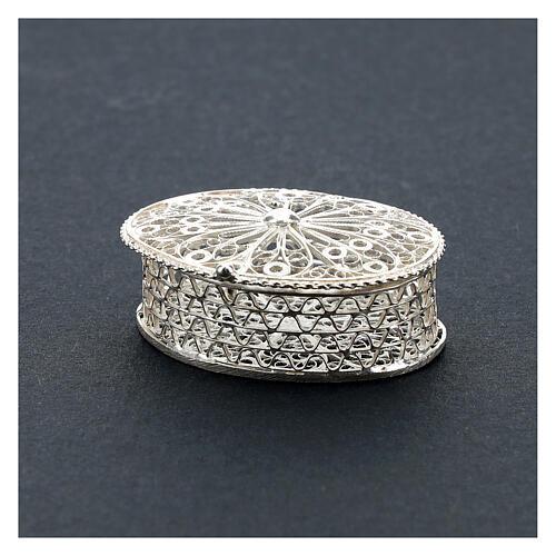 Caja para rosario ovalada de plata 800 con incisiones 2