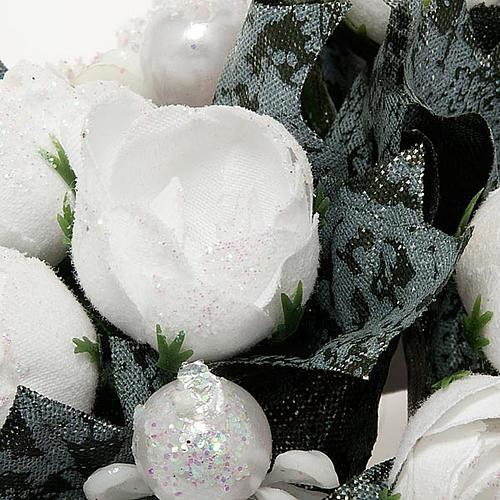 Girocandela con roselline bianche e perline 2