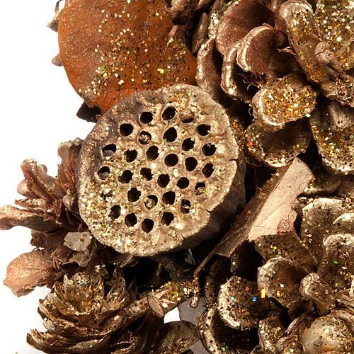 Corona natalizia dorata pigne bacche fior di loto 2