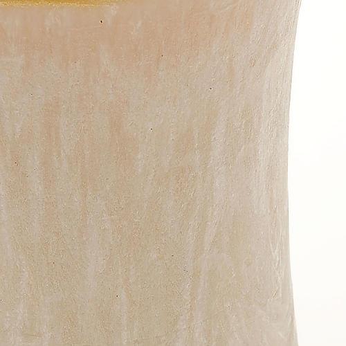 Vela cilíndrica cor de marfim borda ouro diâm. 7 cm 2