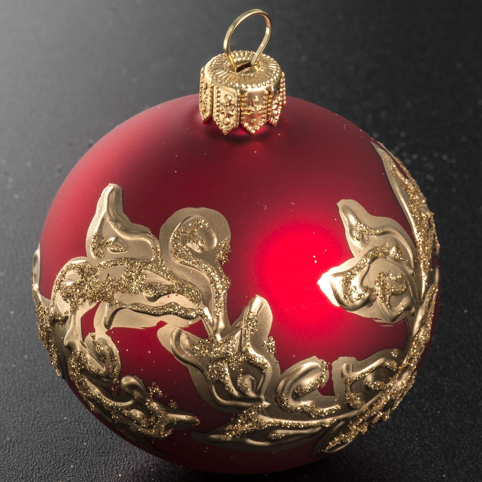 Christmas bauble, red glass with gold decorations 6cm 4