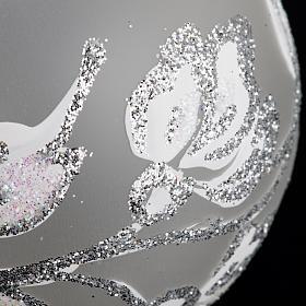 Boule de Noel fleurs argentées 6 cm s3