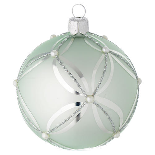 Bauble in sage green blown glass with pearls 80mm 1