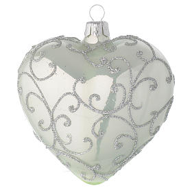 Heart Shaped Bauble in pale green blown glass with silver decoration 100mm s1