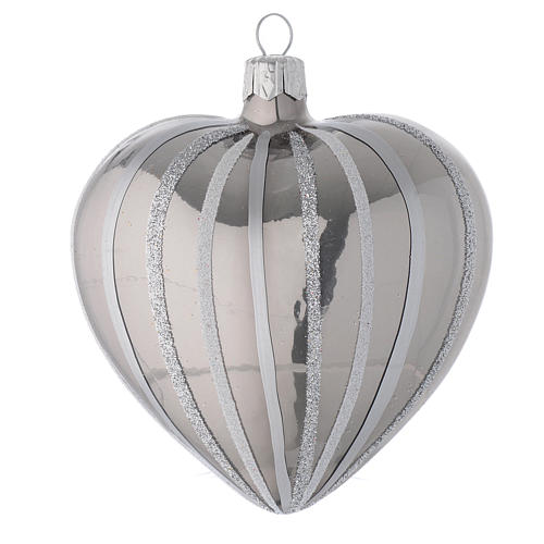 Heart Shaped Bauble in silver blown glass with stripes 100mm 1