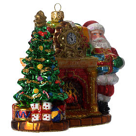 Santa Claus and fireplace, Christmas tree decoration in blown glass s4