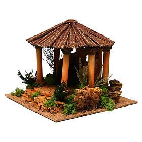 Temple romain avec toit rond milieu crèche Noel s2