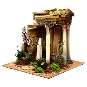 Nativity setting, Roman temple with columns and house s2