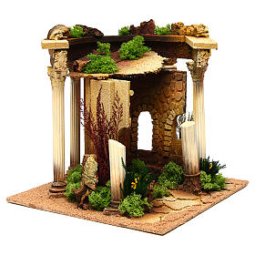 Nativity setting, Roman temple with columns and house s3