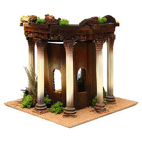 Nativity setting, Roman temple with columns and house s4