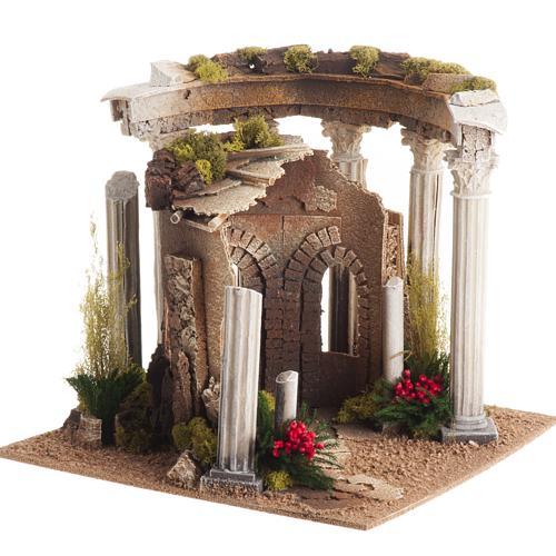 Temple romain avec colonnes et petite maison pour crèche 1