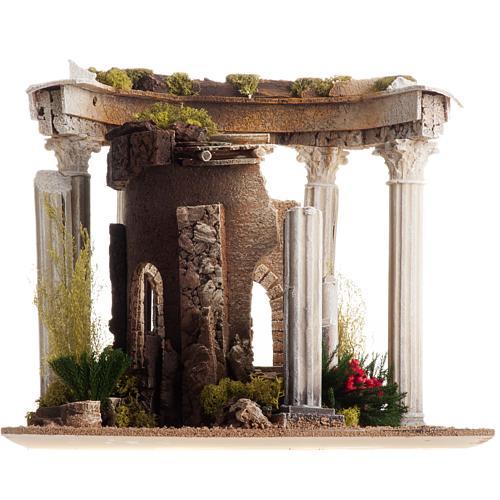 Tempio romano con colonne e casetta presepe 9