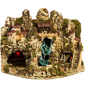 Grotta presepe con cascata, fuoco, case, luci s1