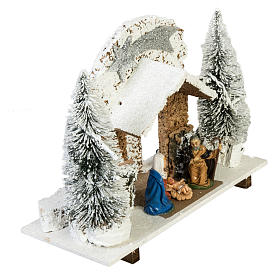 Nativity setting, stable with snow, pines and star 26x36x16cm s4