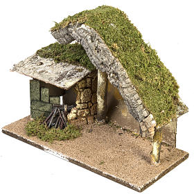 Nativity setting, stable with roof and fire 26x36x16cm s2