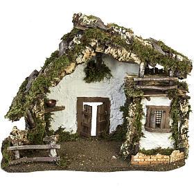 Cabaña con puerta y ventana 30x42x18cm s1
