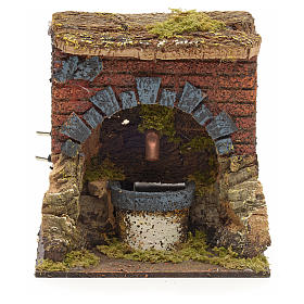 Fontaine avec arc pour crèche 15x13x12cm s1