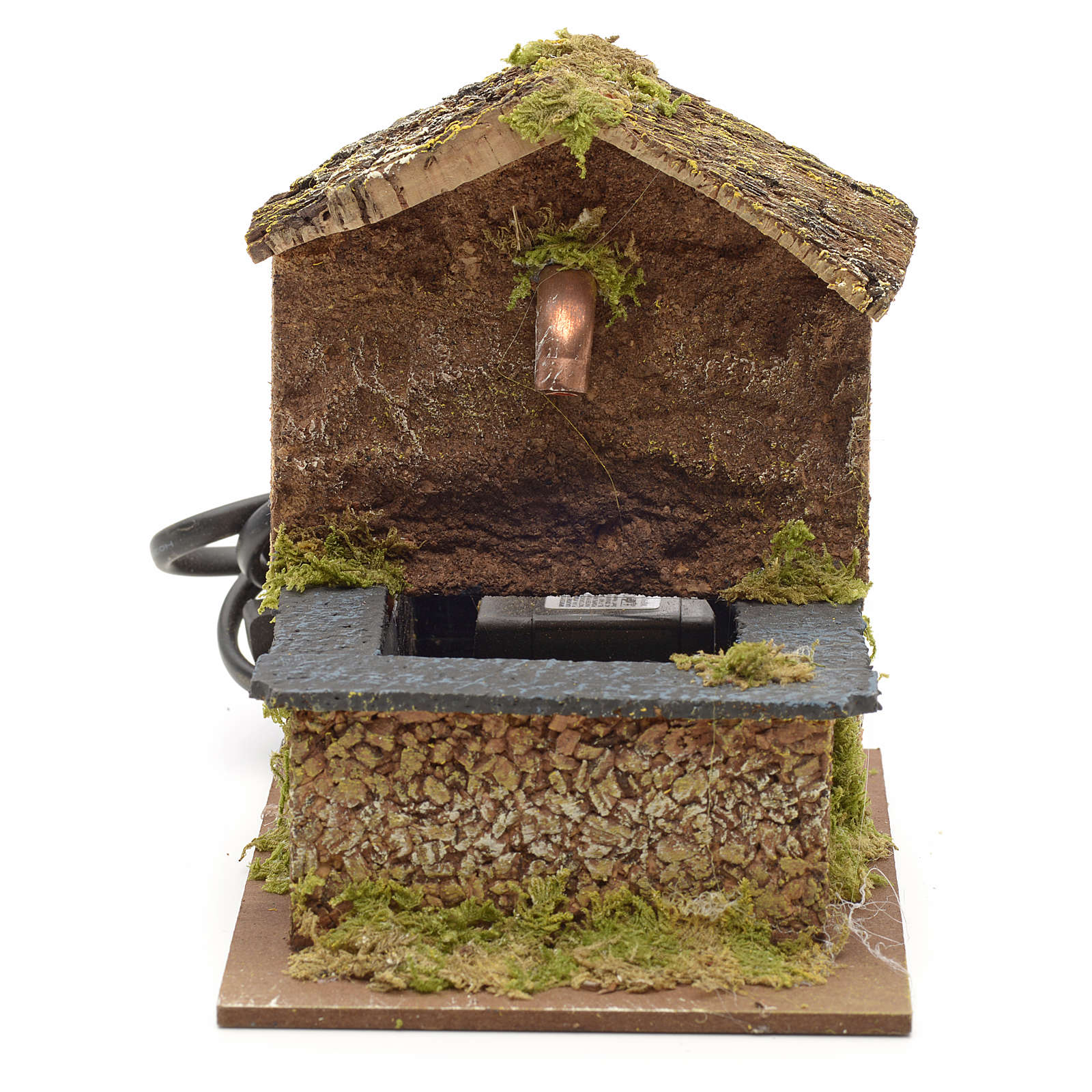 Nativity fountain with roofing in cork 13x9x12cm 4
