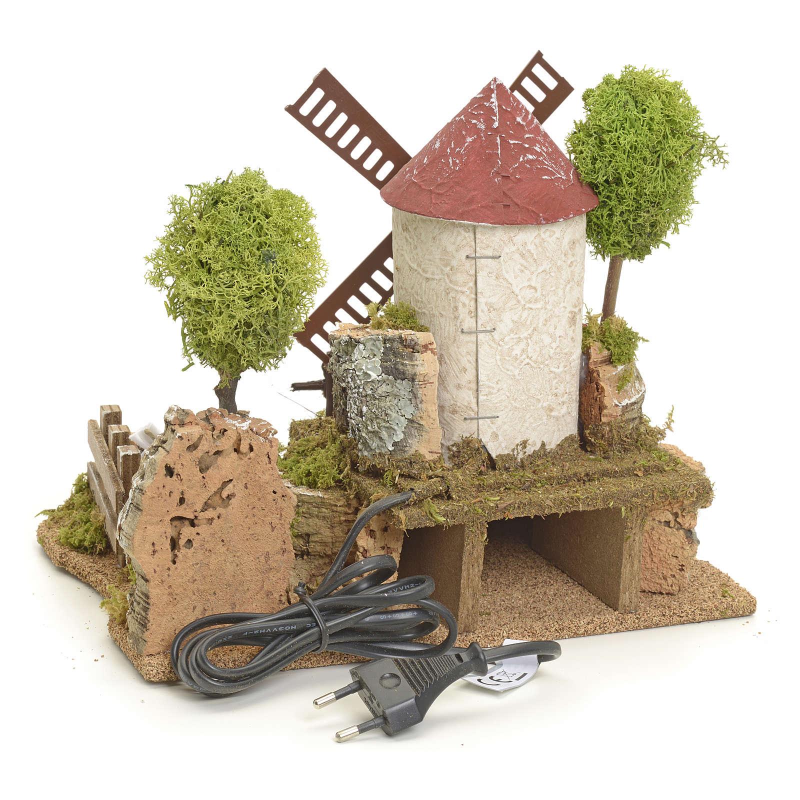 Mulino a vento elettrico tra gli alberi: ambientazione presepe 4
