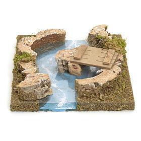 Ponts, ruisseaux, palissades pour crèche: Rivière avec îlot et petit pont pour crèche