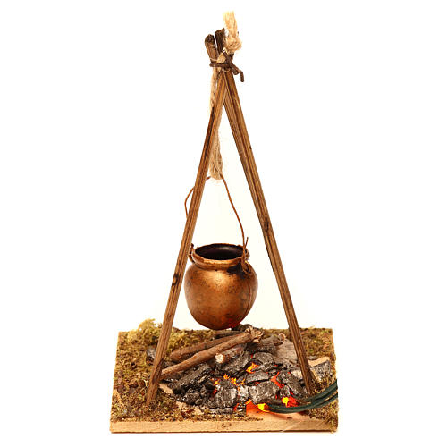 Nativity setting, fire with 2 flickering LED lights, 10x6,5x7cm 2
