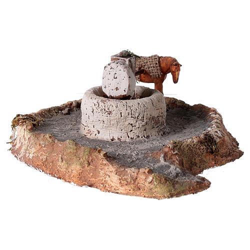 Macina in legno e sughero con asino 11x26x22 cm 2