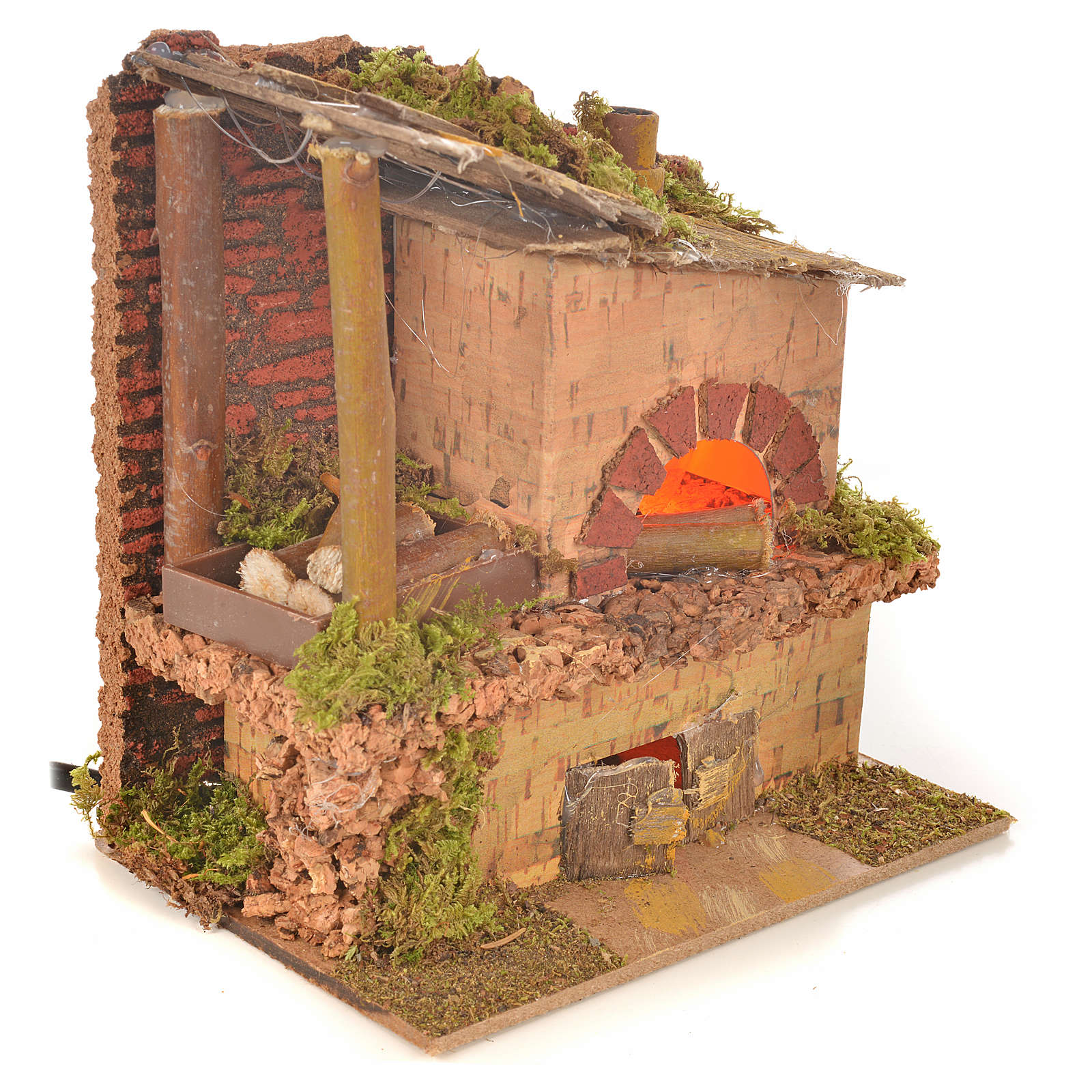 Nativity oven with flame lamp, 15x10x15cm 4