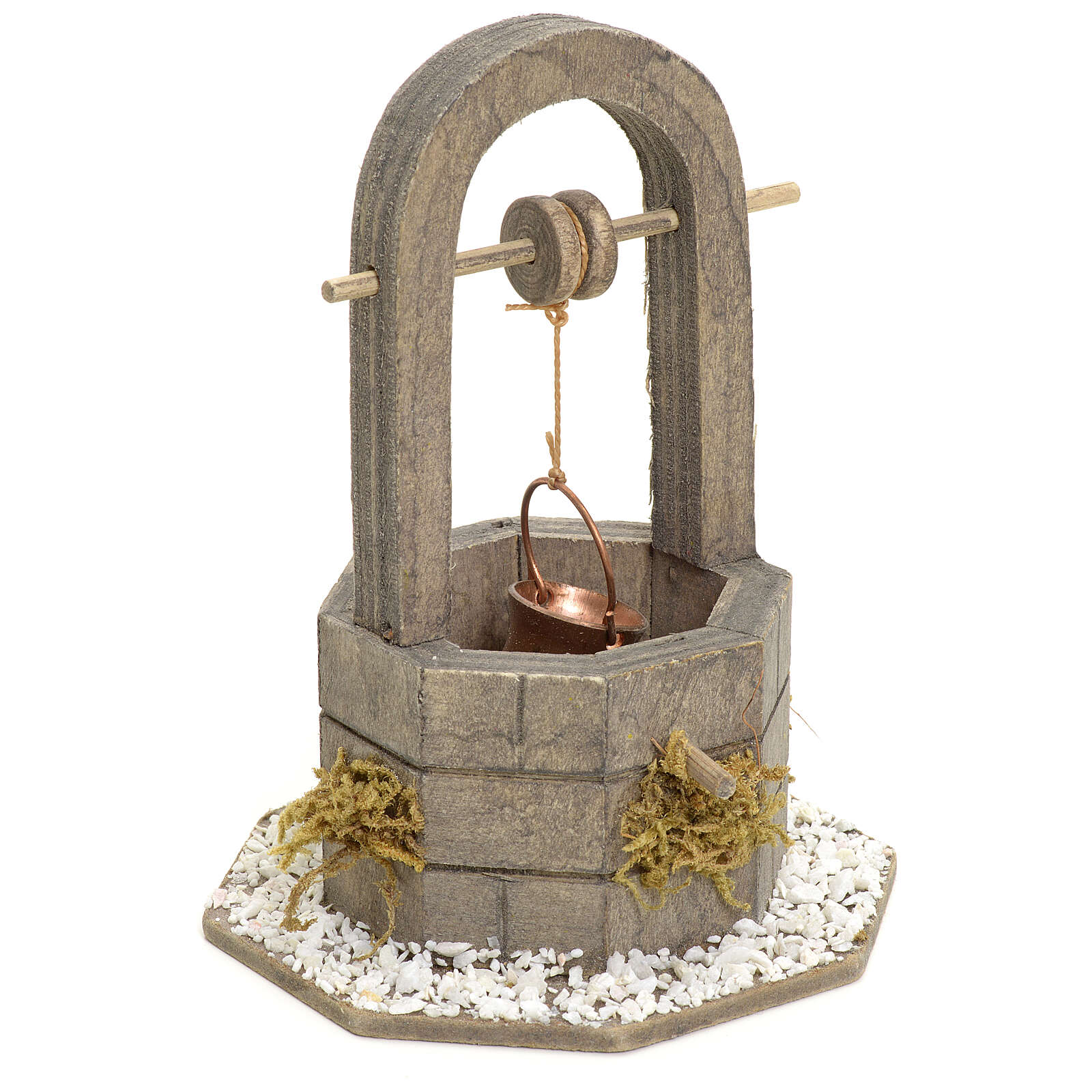 Nativity setting, well in wood with bucket 12cm 4