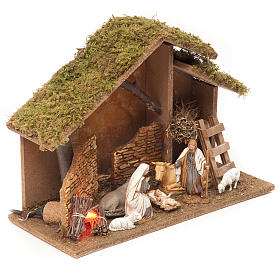 Nativity setting, stable with fire 26x36x16cm s3