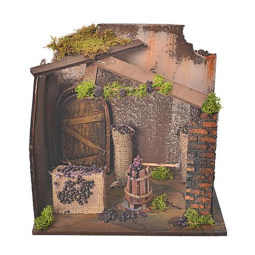 Atelier avec raisin et pressoir 20x14x20 cm 1