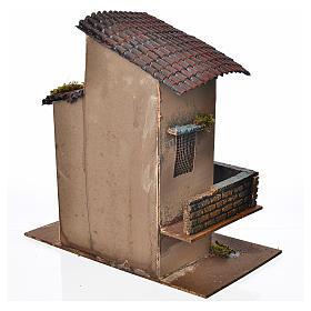 Maison orange balcon et escalier 28x15x27 cm s4