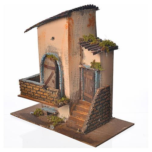Maison orange balcon et escalier 28x15x27 cm 2