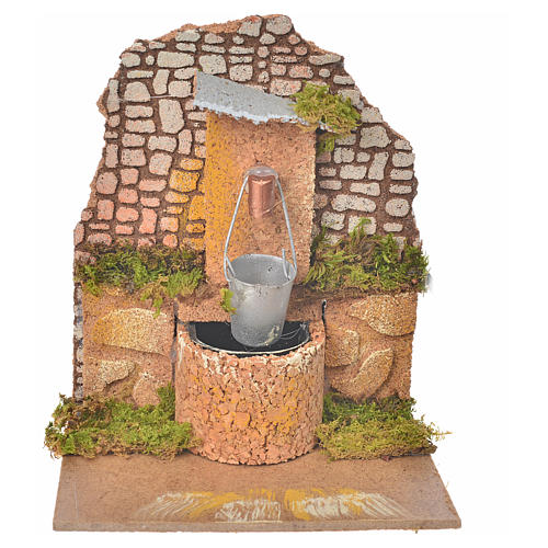 Fontana con pompa e secchio 14x12x14 cm presepe 1
