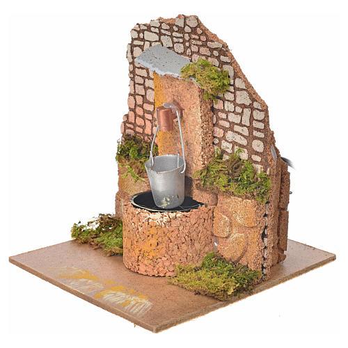 Fontana con pompa e secchio 14x12x14 cm presepe 2
