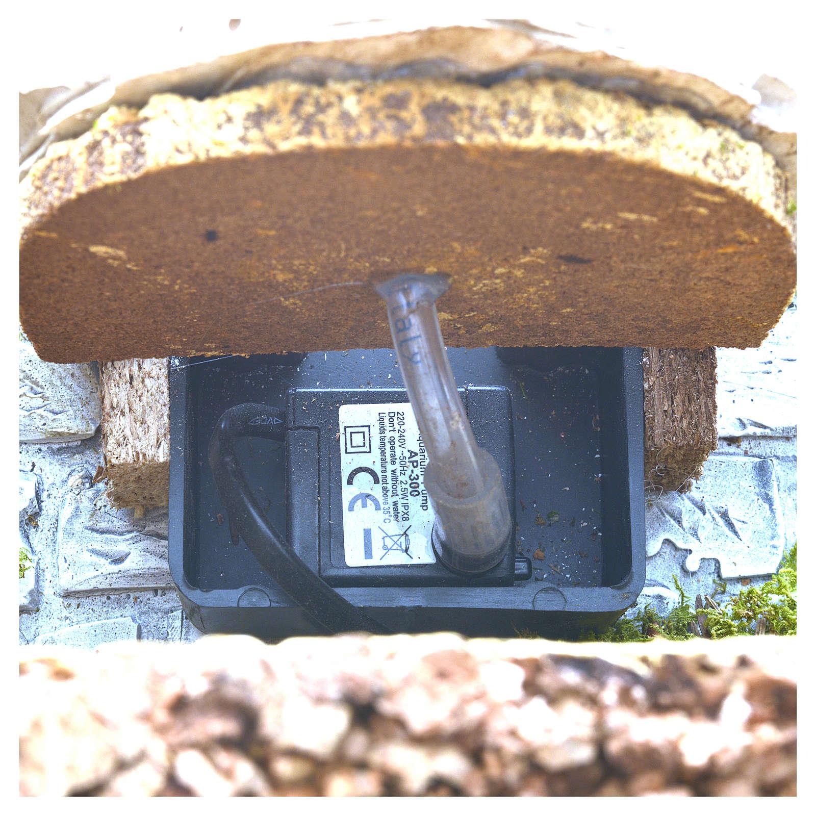 Fontana in gesso con ambiente in sughero 32x24x24 4