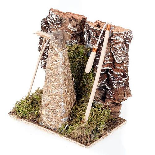Ambiente presepe fienile con rastrello e attrezzi 3