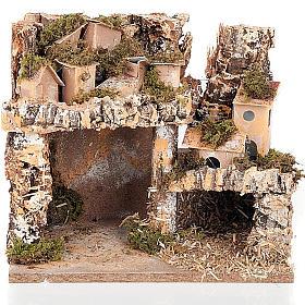 Paesaggio presepe con casette e grotta 24X16X21 s1